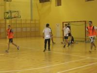 Rozgrywki w piłkę nożną